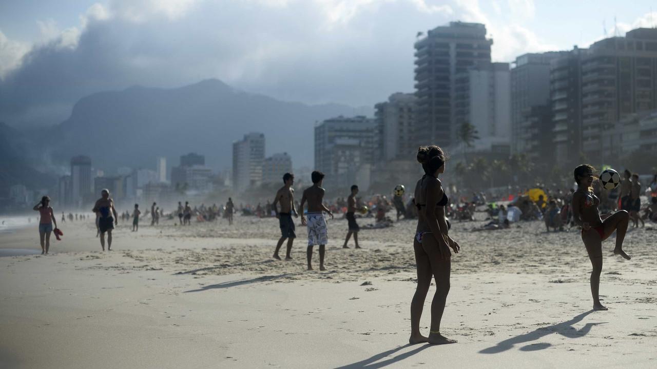 Frente fria atinge o Rio e deve permanecer até o final de semana