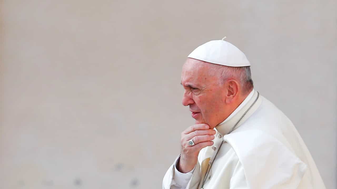 Papa alerta para as 'patologias sociais' da pandemia