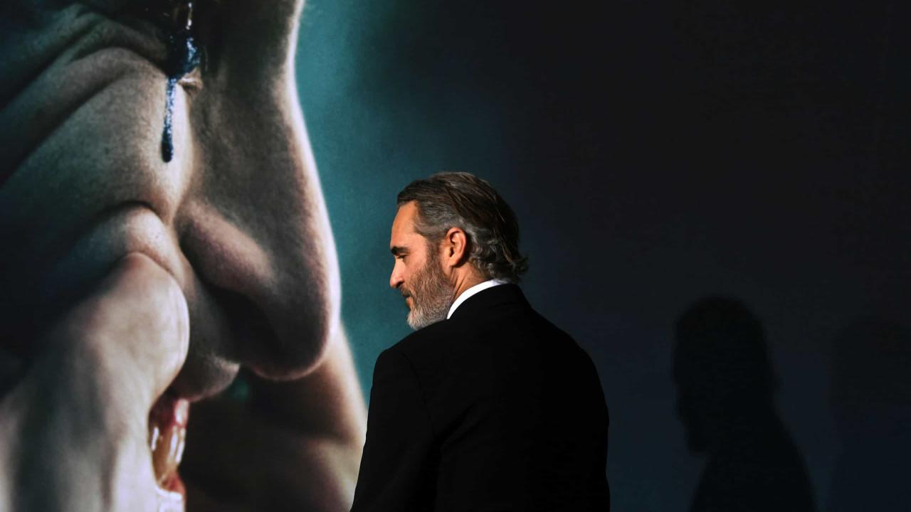Diretor de 'Coringa' diz que plateia tem de sentir a violência do filme