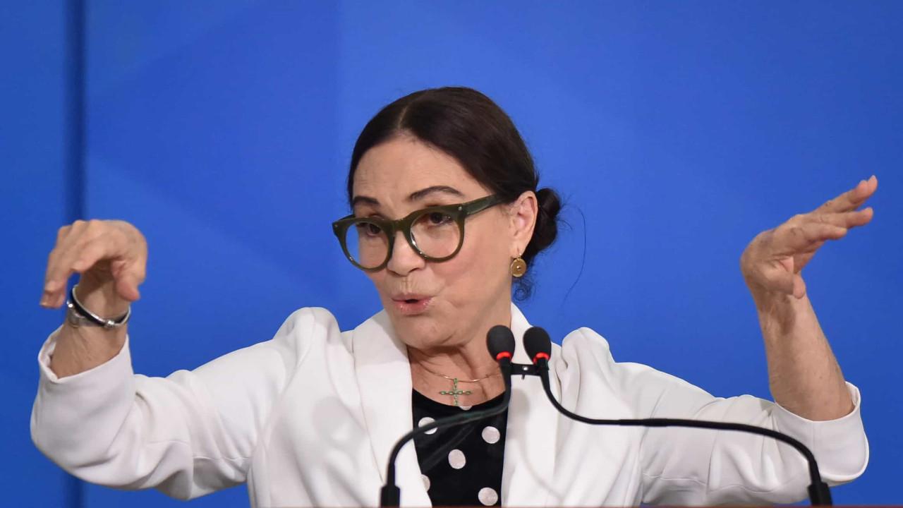 Regina Duarte pede desculpas por fake news de Marisa Letícia e se retrata