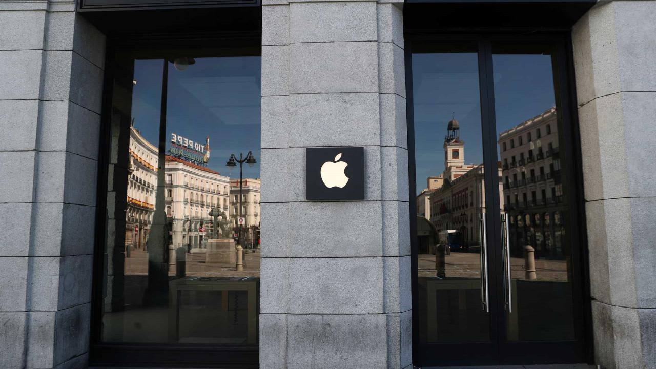 Lançamento do iPhone 12 teria sido adiado por dois meses