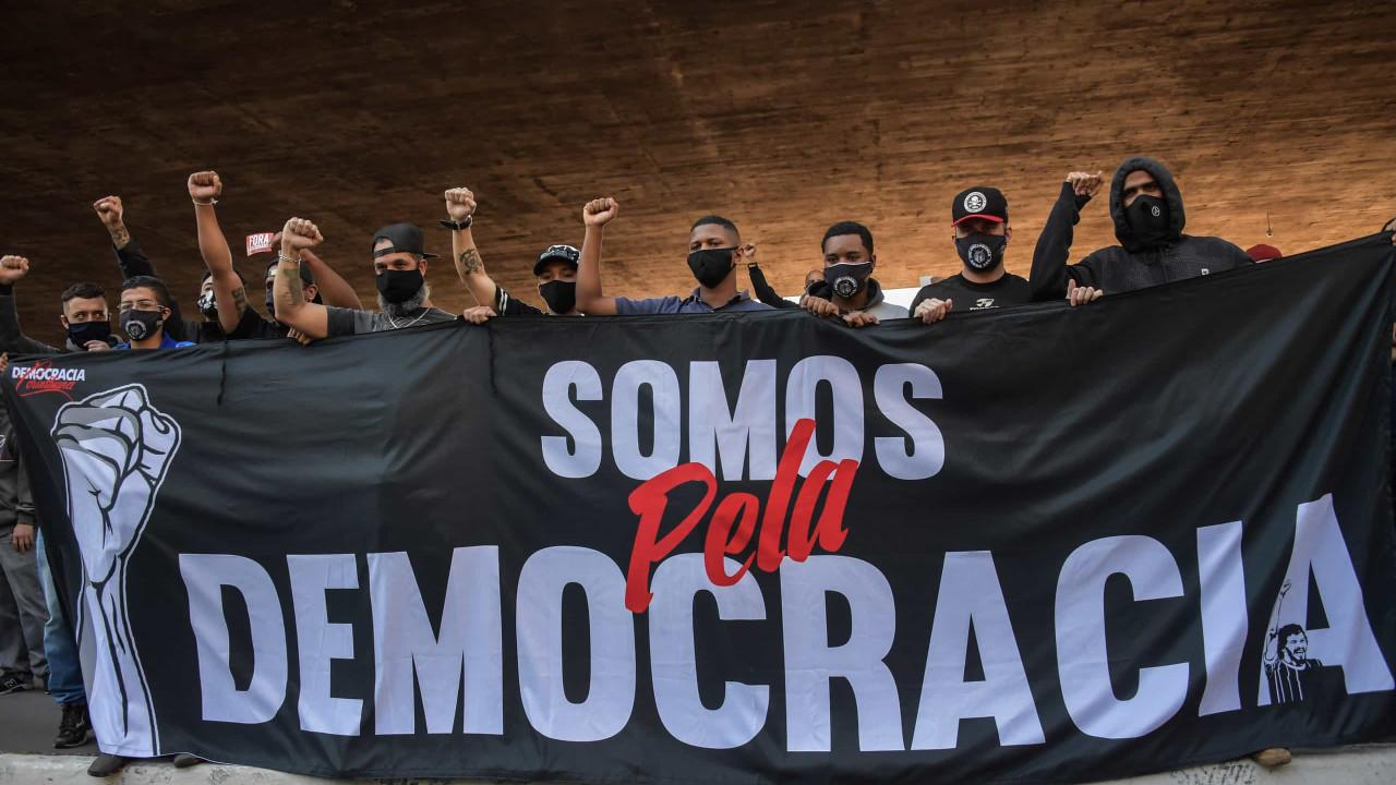 Paulista deve ter atos contra e a favor de Bolsonaro neste domingo