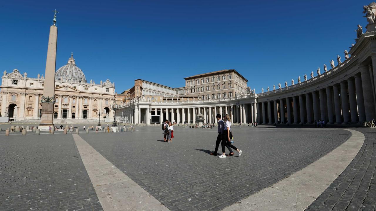 Itália soma mais 8.562 casos e 420 mortes relacionadas com a Covid-19