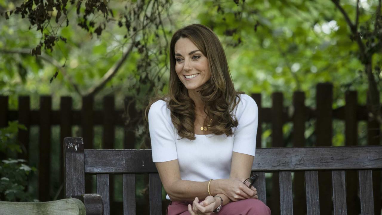 Vestido sustentável que Kate Middleton usou já está esgotado