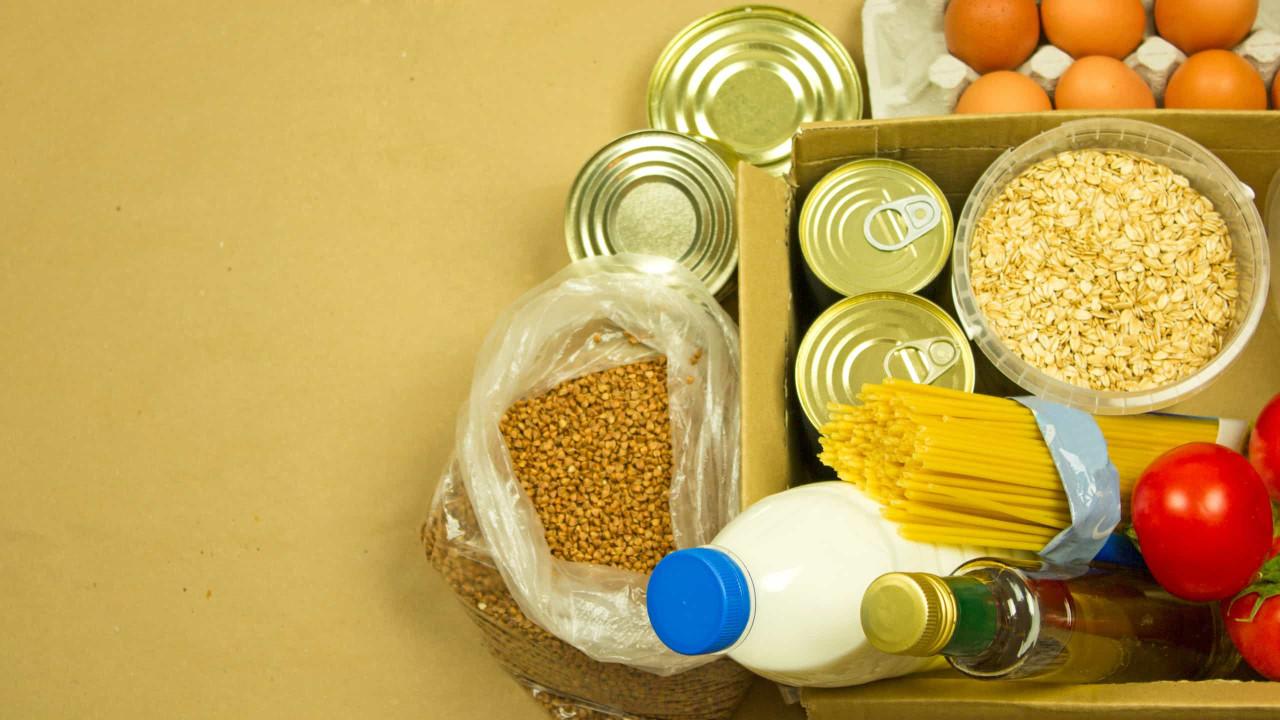 Energia, passagem aérea, gasolina e alimentos pesam para consumidor no IGP-10
