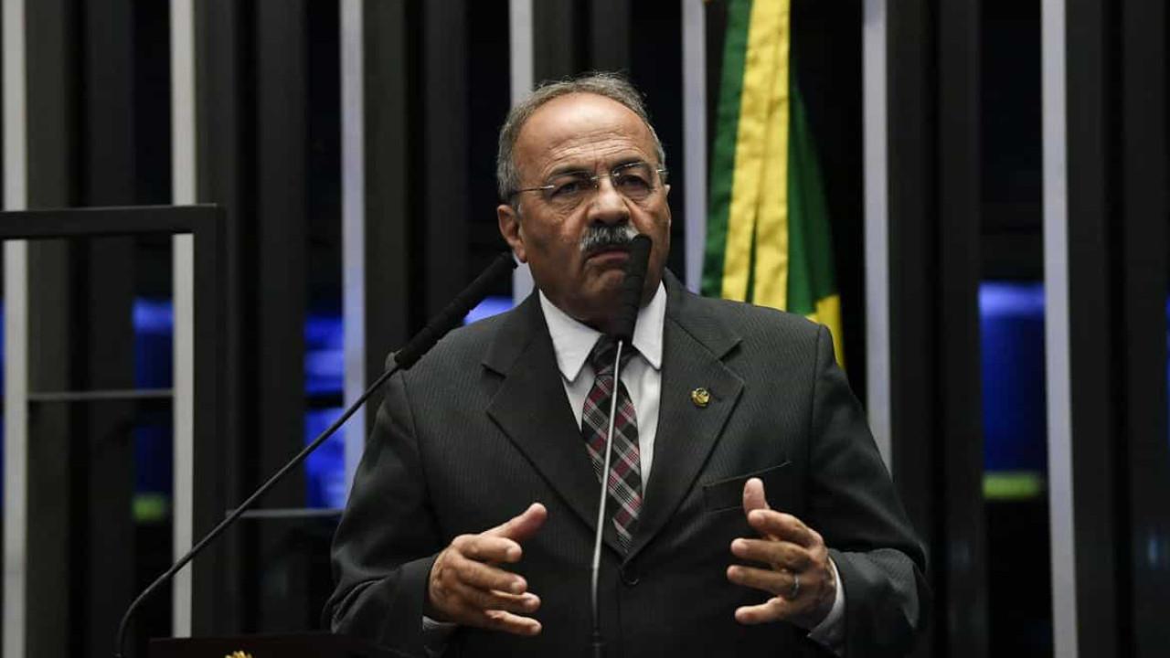 Senado: Chico Rodrigues retifica pedido de licença de 90 para 121 dias