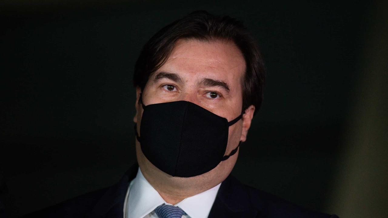 'Crivella parecia pastor, mas no final parecia mais um diabo', diz Rodrigo Maia