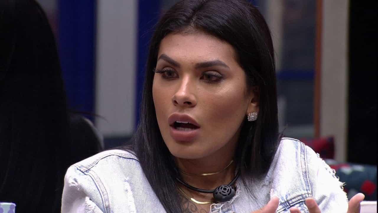Filha de Pocah é alvo de racismo após embate da cantora com Juliette