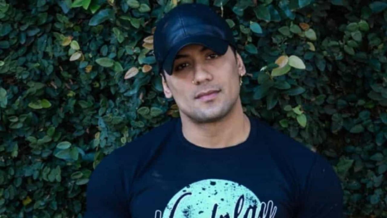 Tiago fala sobre cirurgia de aumento peniano: 'Não me sinto inferior'