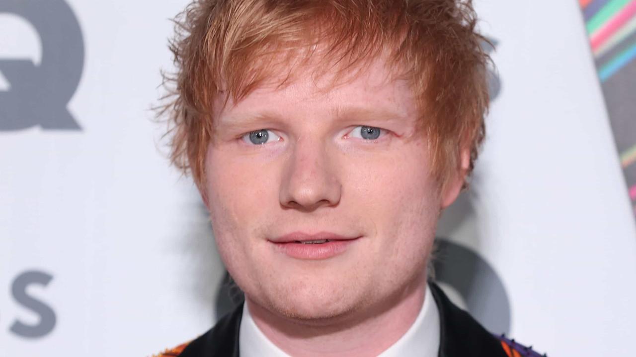 Ed Sheeran testa positivo para Covid-19