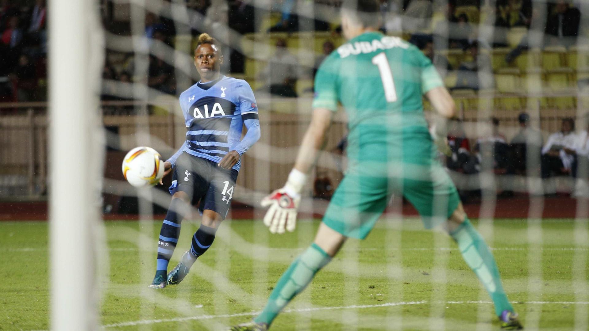 Fiorentina e Lazio vencem e Tottenham empata