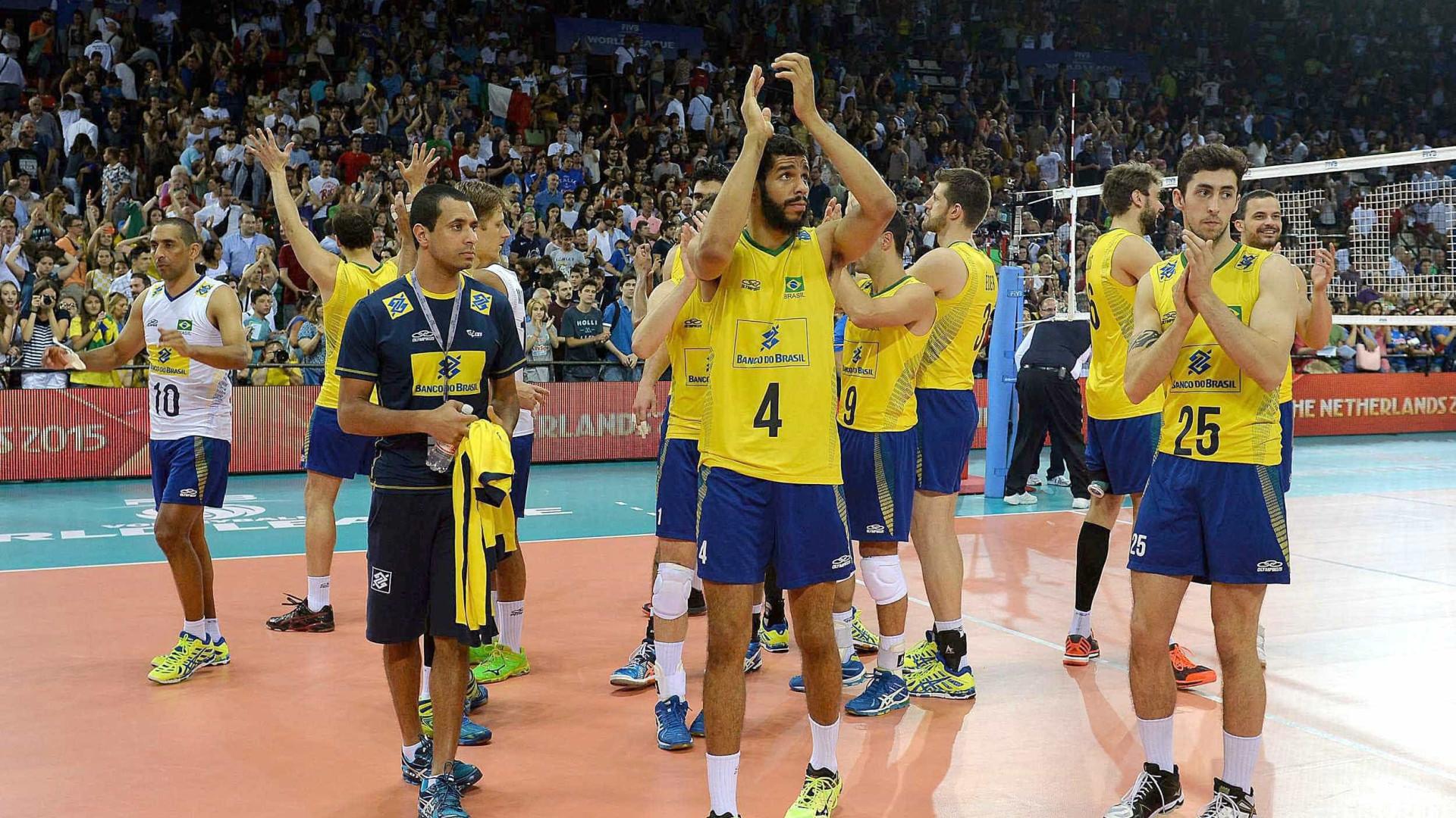 Em amistoso de vôlei na França, Brasil bate donos da casa por 3 a 2
