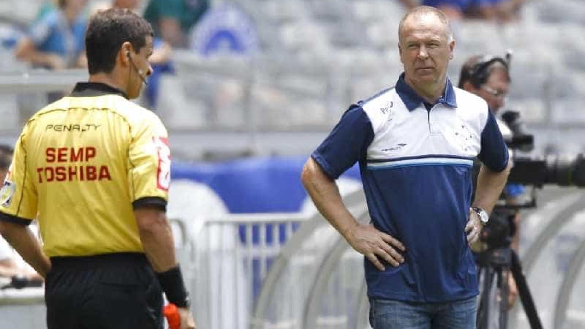 Mano elogia e diz que Cruzeiro poderia ter goleado o Fluminense