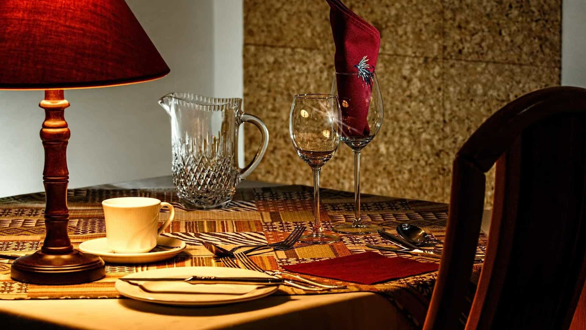 Cinco motivos para reservar 'mesa para um'