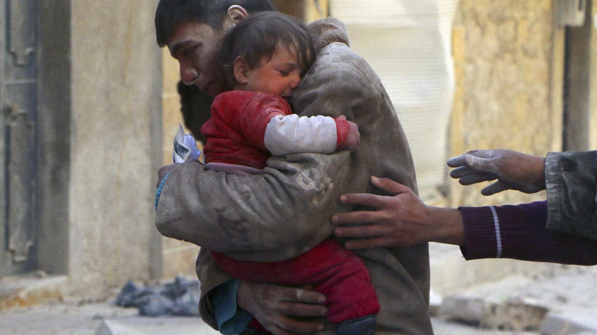 Ataques na Síria deixam mais de 80 mortos
