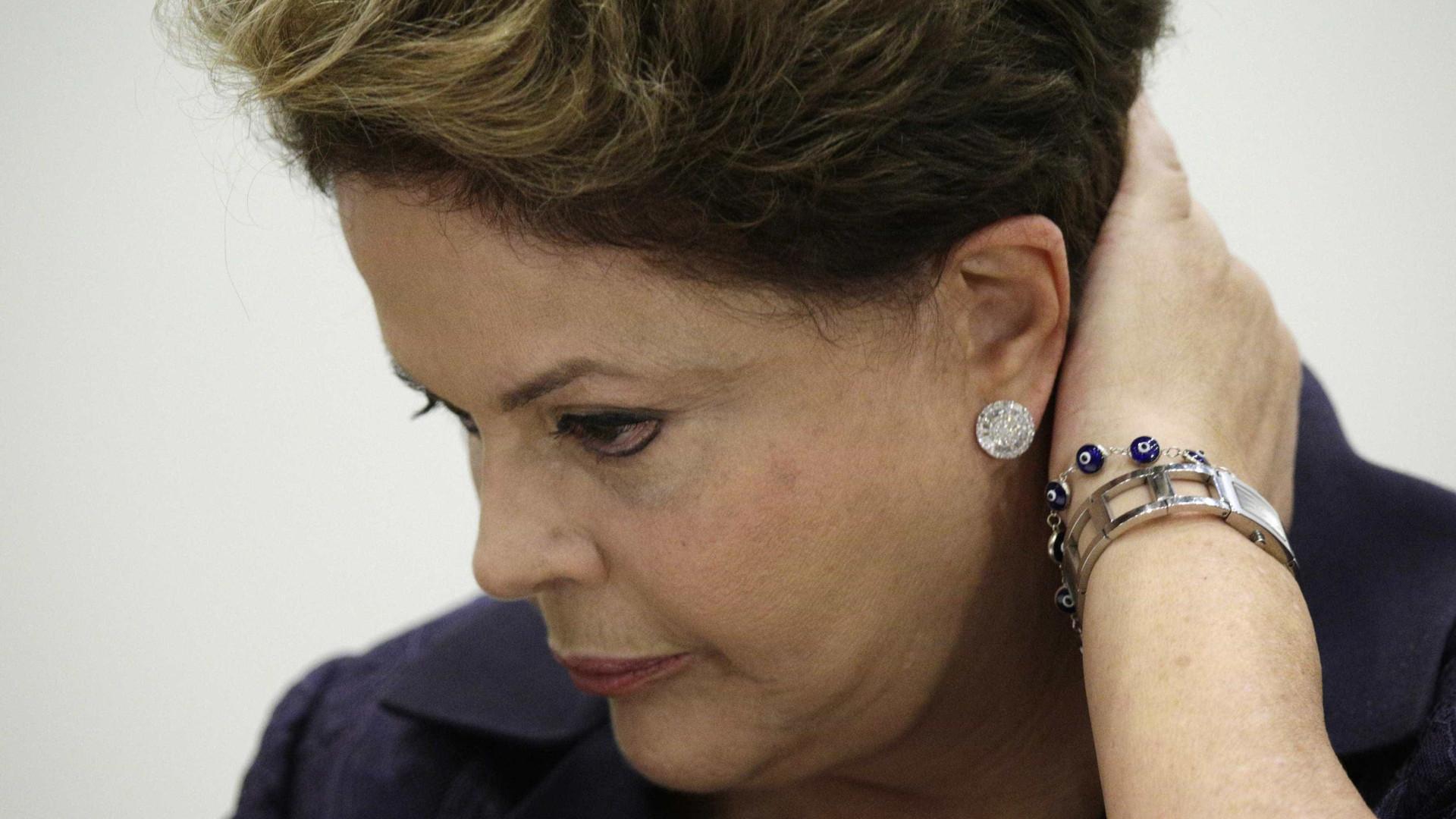 PTB pode trocar Dilma por Aécio na corrida ao Planalto