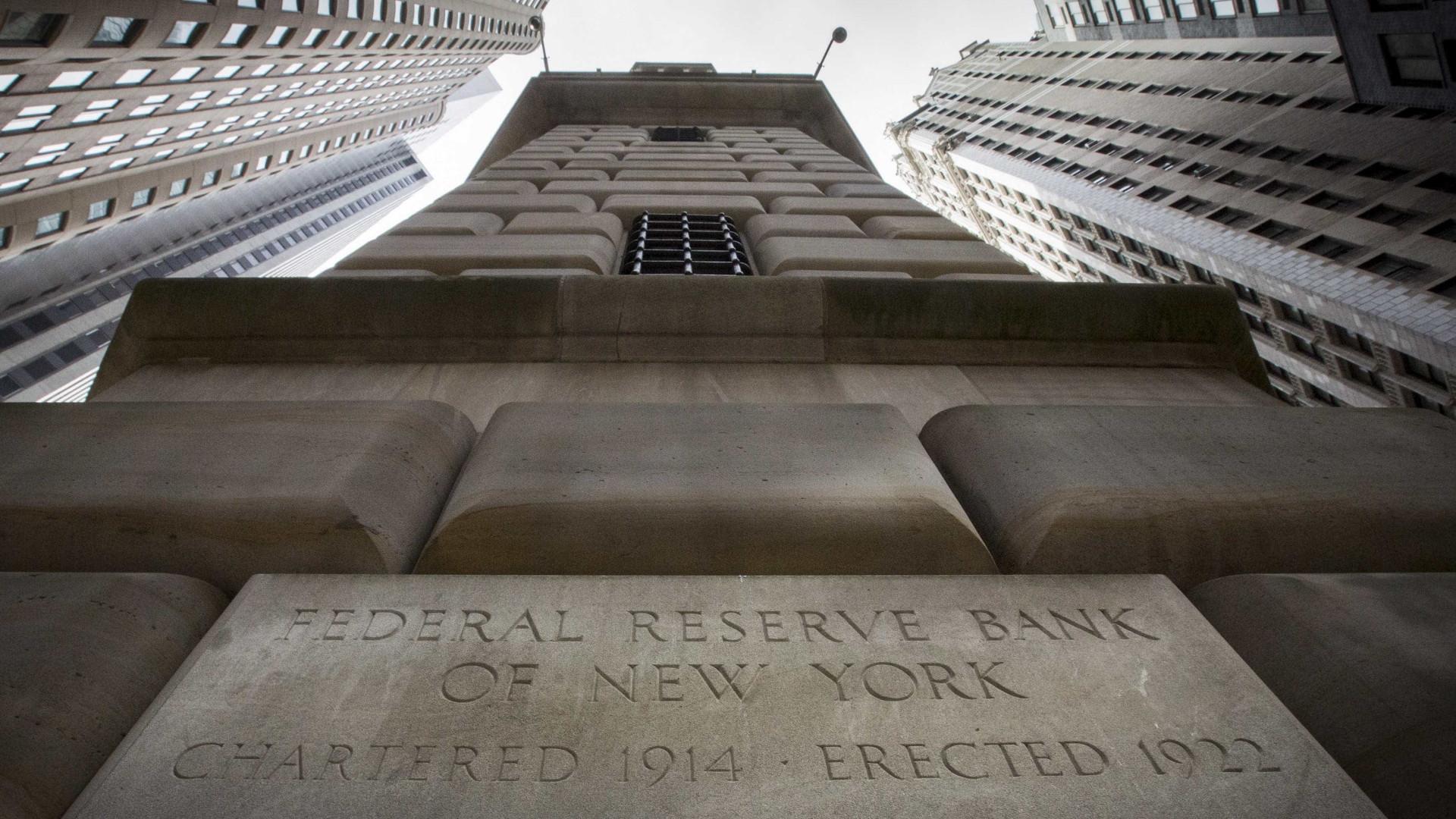 Membro do Federal Reserve questiona atual política de juros baixos
