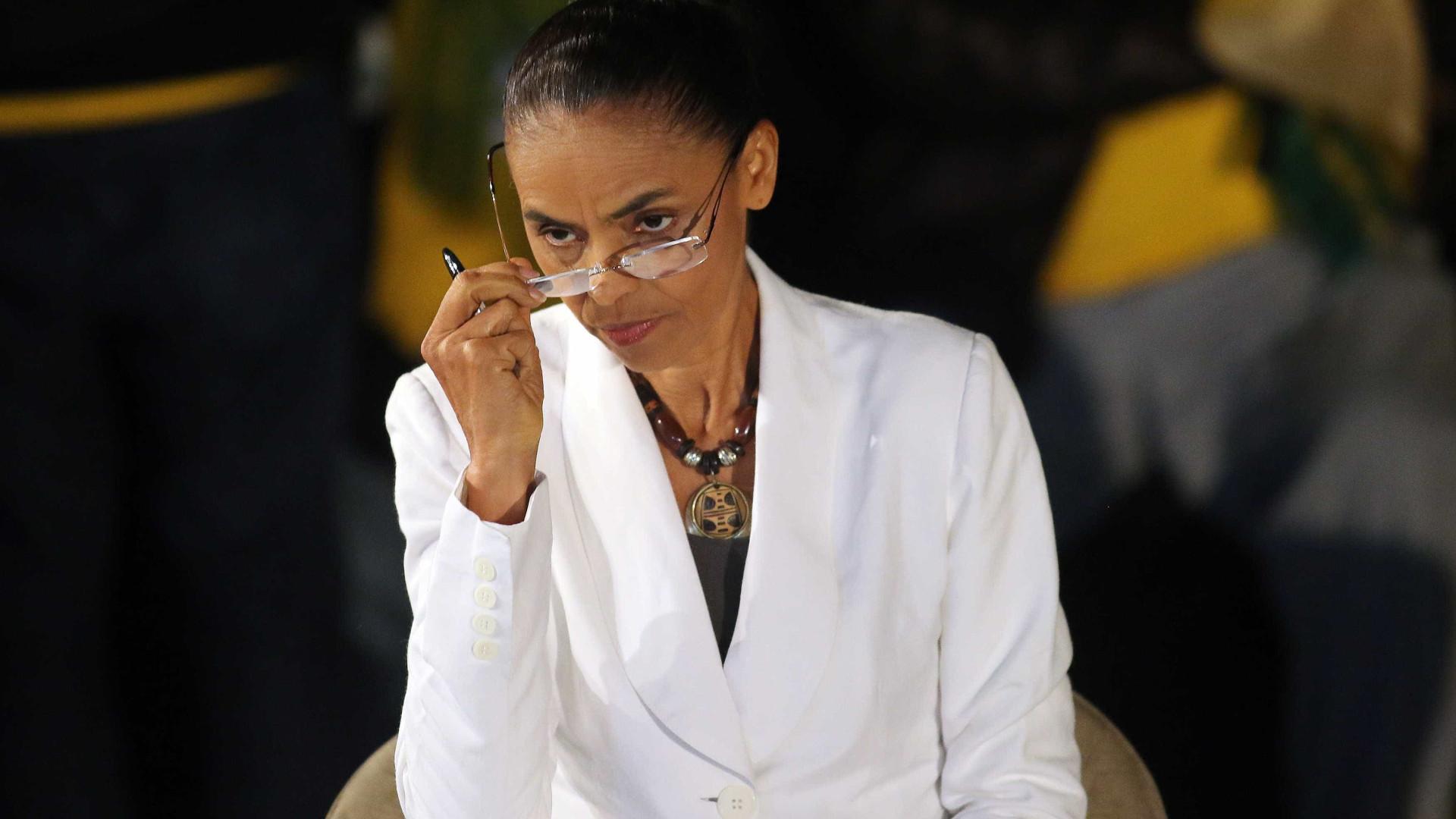 Marina diz que governo blinda Cunha para impedir impeachment de Dilma