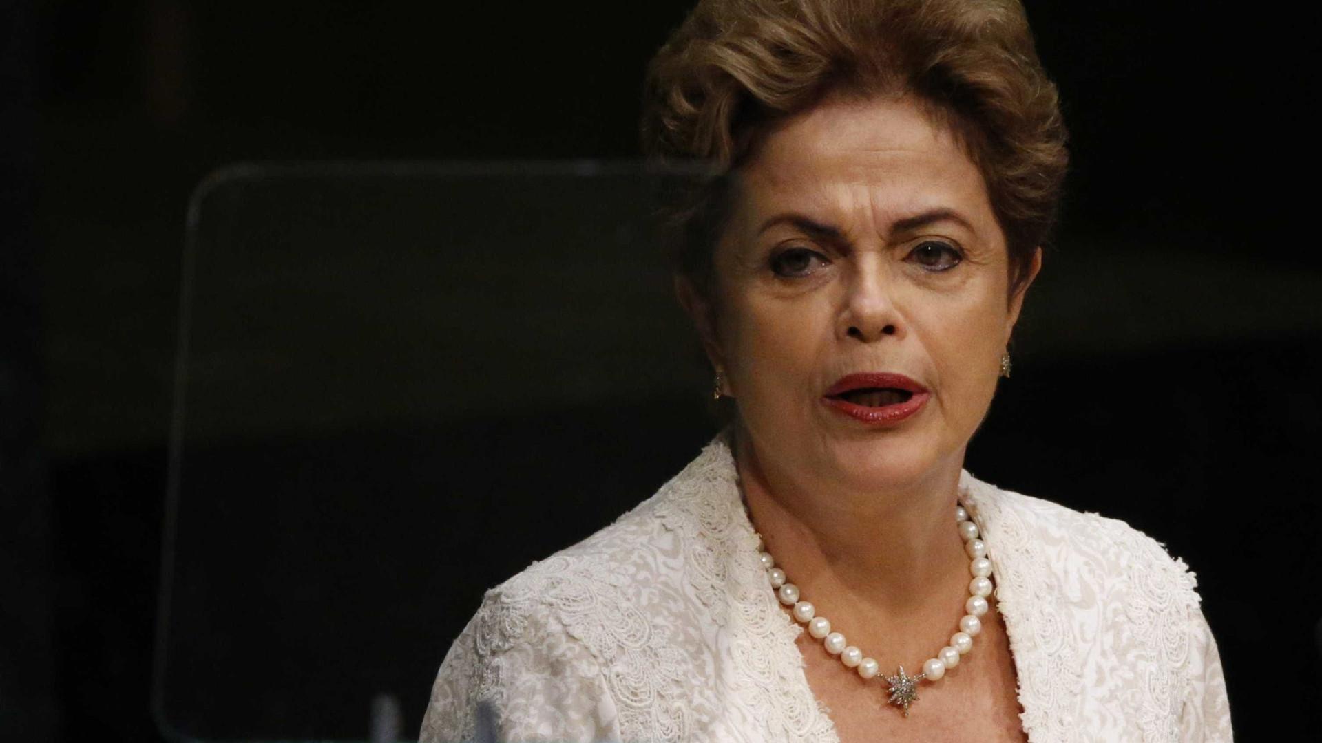 Dilma fará exames de rotina em SP e segue para Porto Alegre