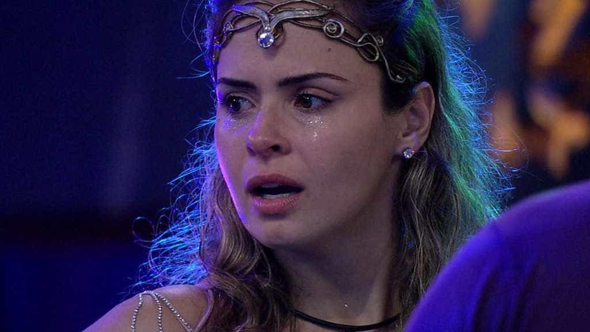 Após agredir Renan, Ana Paula é desclassificada do Big Brother Brasil 16