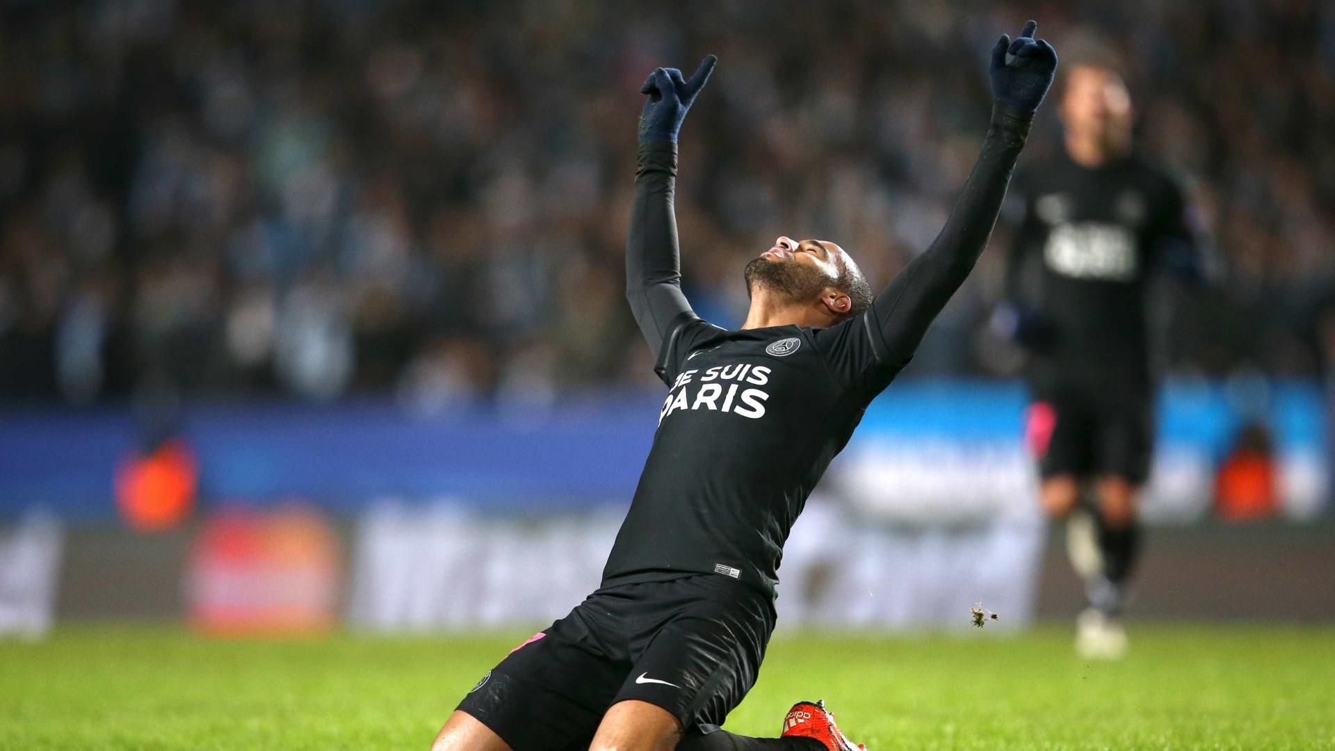 Com time misto, PSG empata com Montpellier e fica a um passo do título