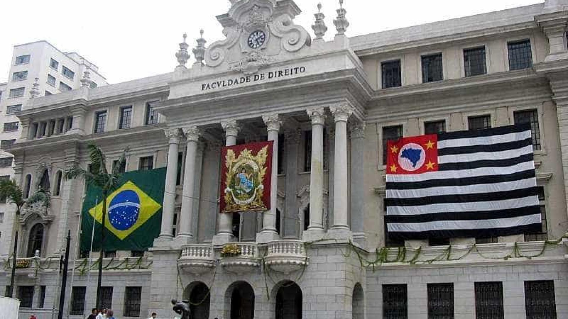 """Juiz Moro está no caminho contra """"Estado de Direito"""", dizem juristas"""