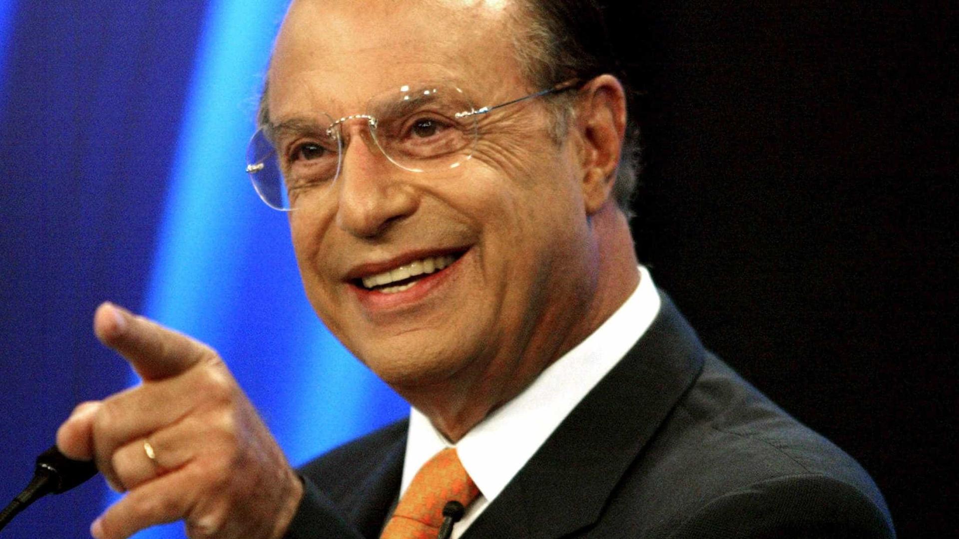 "Maluf sai da lista da Interpol: ""só falta o Papa me canonizar"""