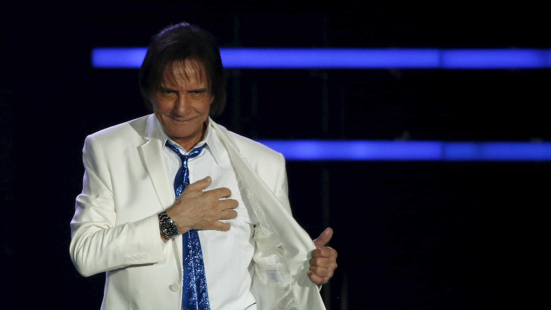 Roberto Carlos pode cantar  na abertura das Paralimpíadas