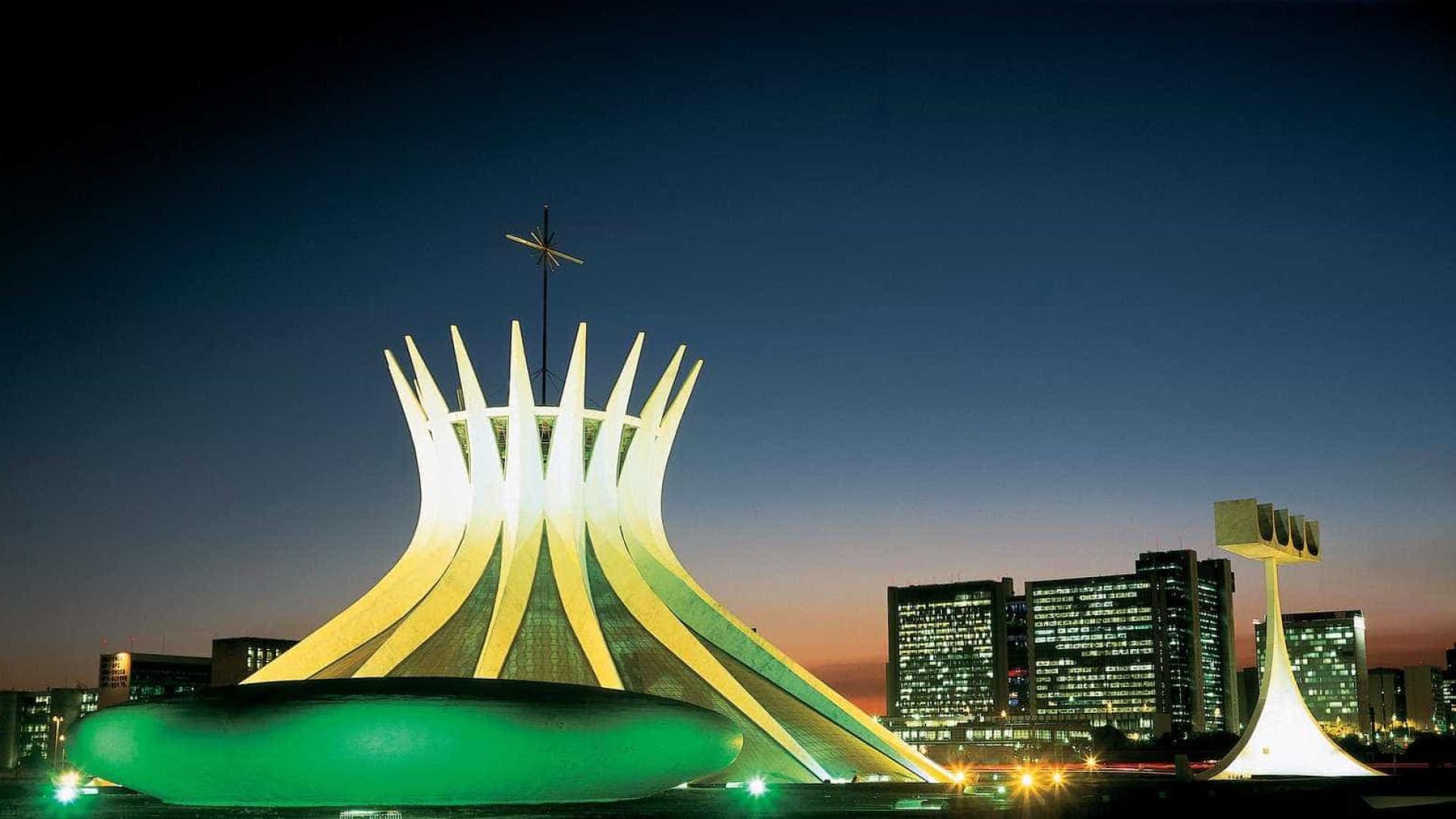Brasília completa hoje 56 anos