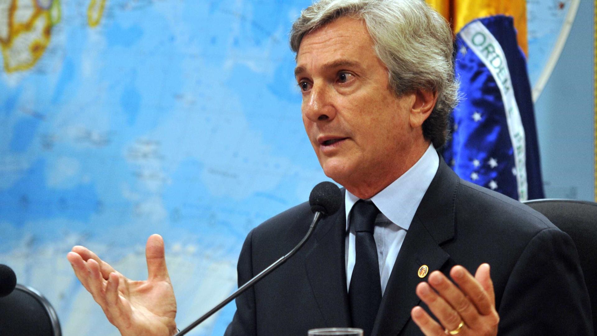 Mulher de Fernando Collor recebeu propina  da Petrobras, diz delator