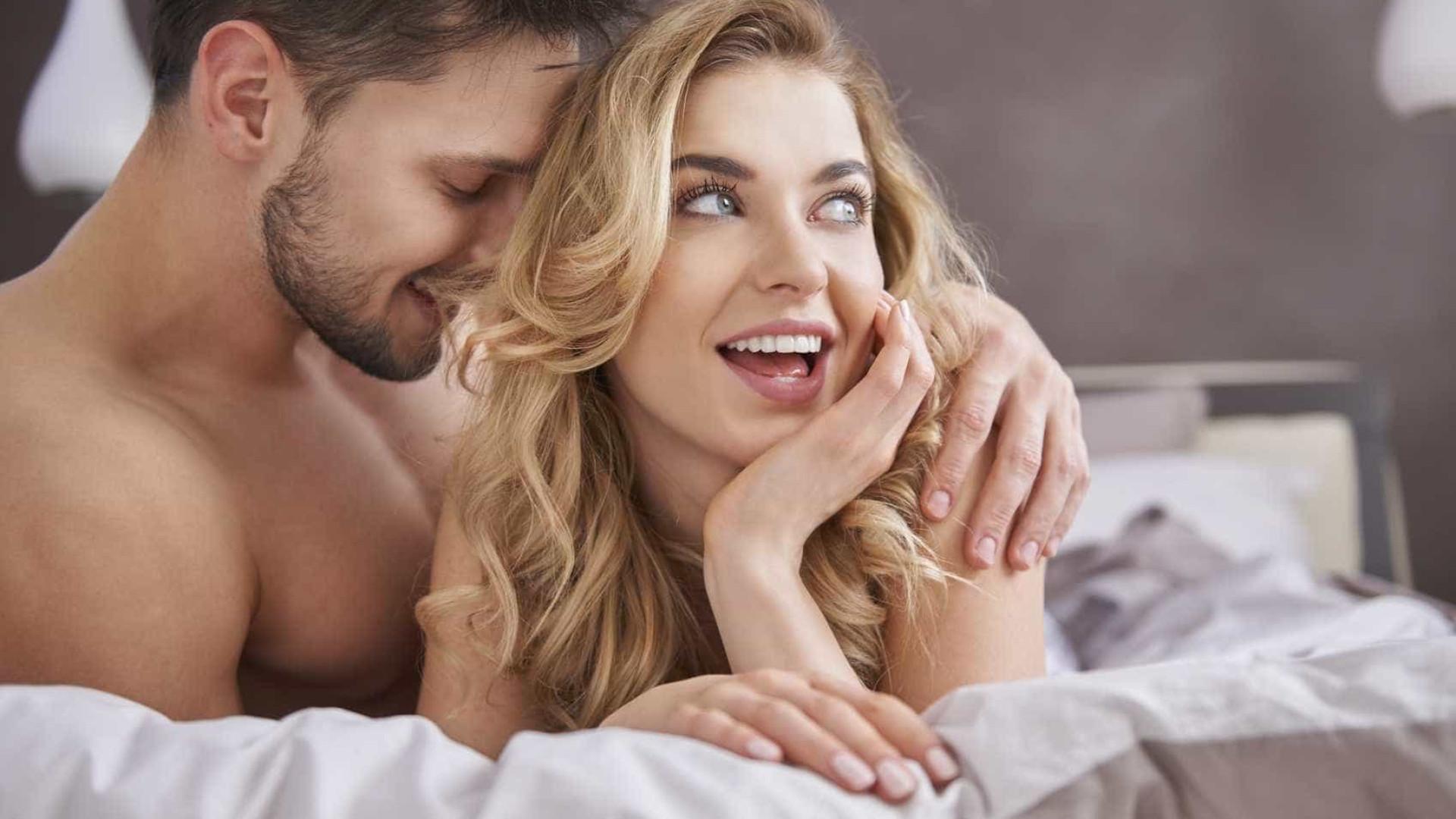 Mulheres veem mais filmes pornôs após o casamento, diz estudo