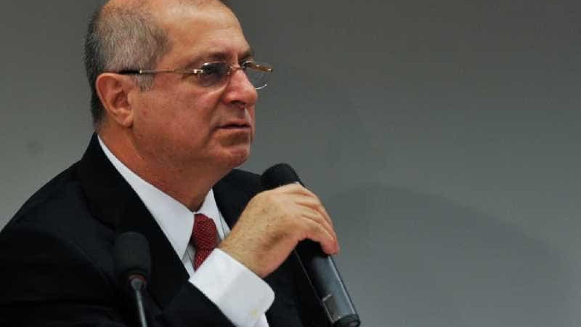 Ex-ministro Paulo Bernardo é preso  na Operação Lava Jato