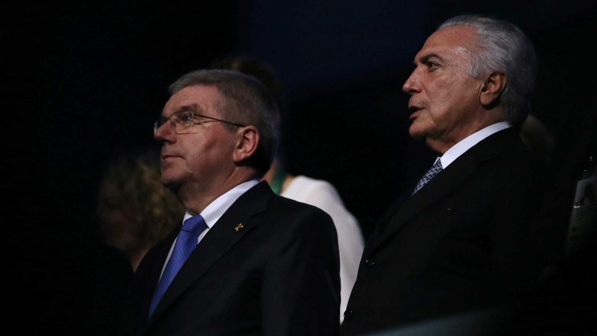 Sob vaias e aplausos, Temer declara abertos  os Jogos Olímpicos