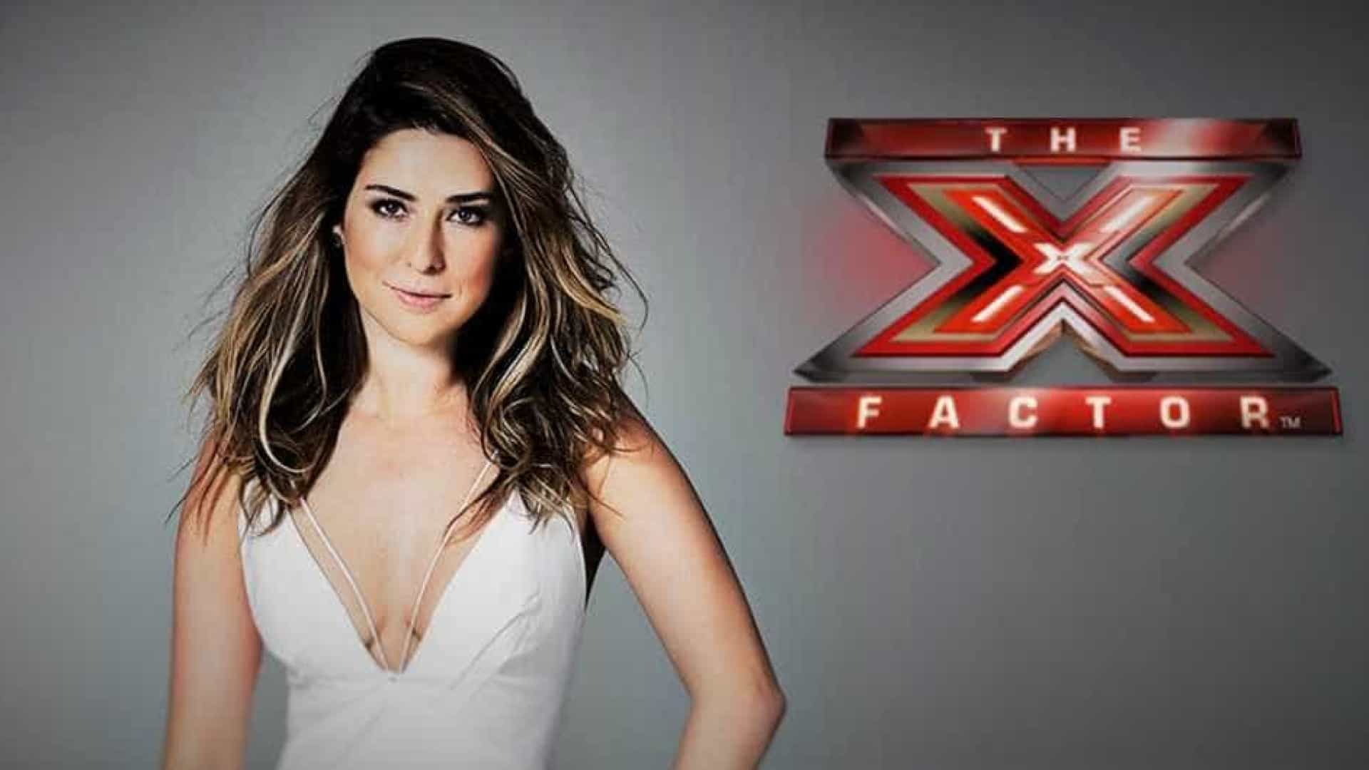 Sem experiência, Fernanda Paes Leme sofre para apresentar 'X Factor'