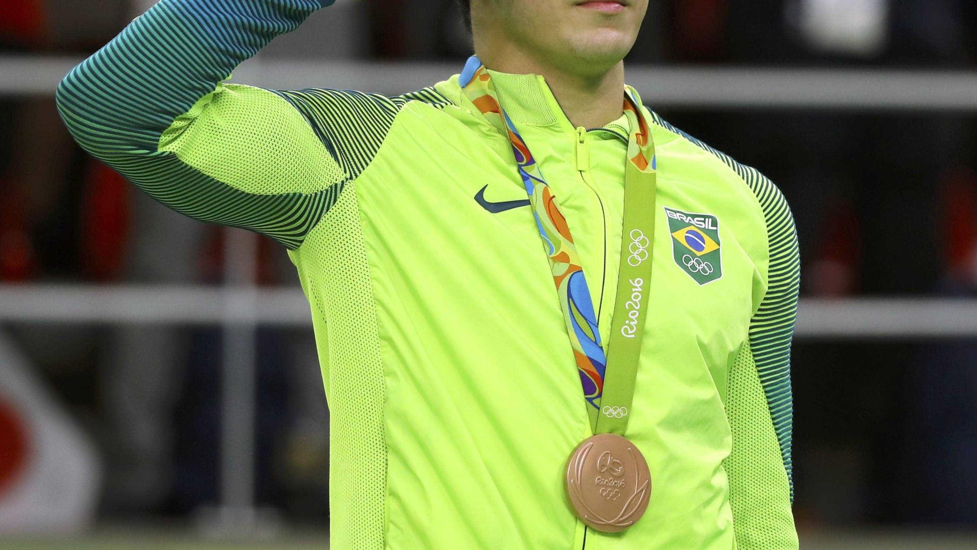 Quanto 'custa' a continência dos atletas militares na Rio-2016