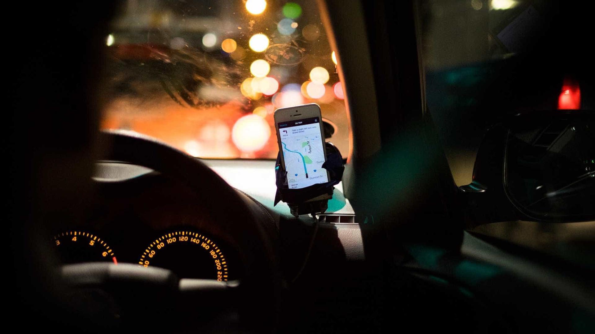 Justiça de SP dá prazo para Haddad limitar carros de Uber nas ruas