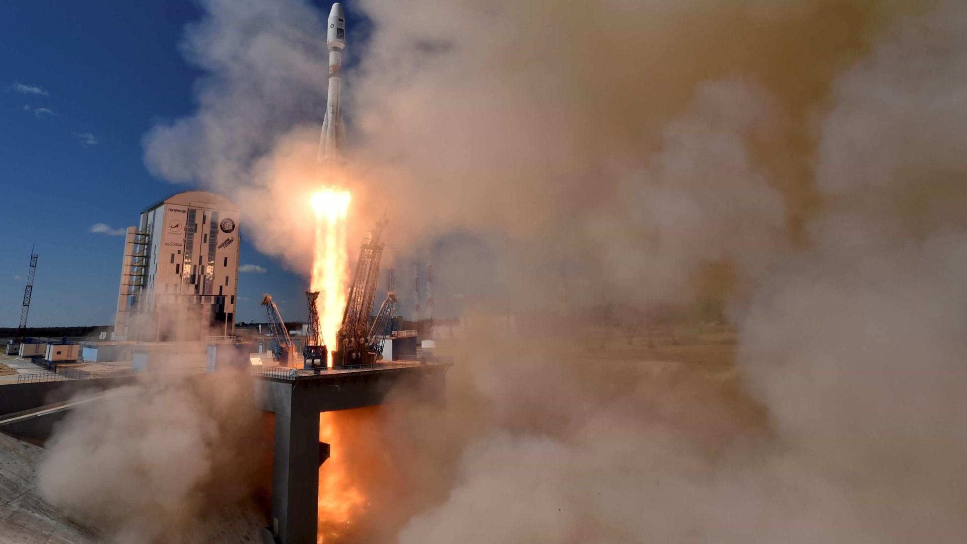 Exército russo poderá receber  5 satélites de alta precisão