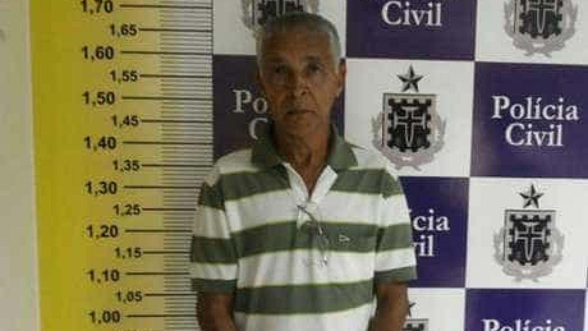 Idoso é preso em flagrante após  marcar encontro com menino de 13 anos