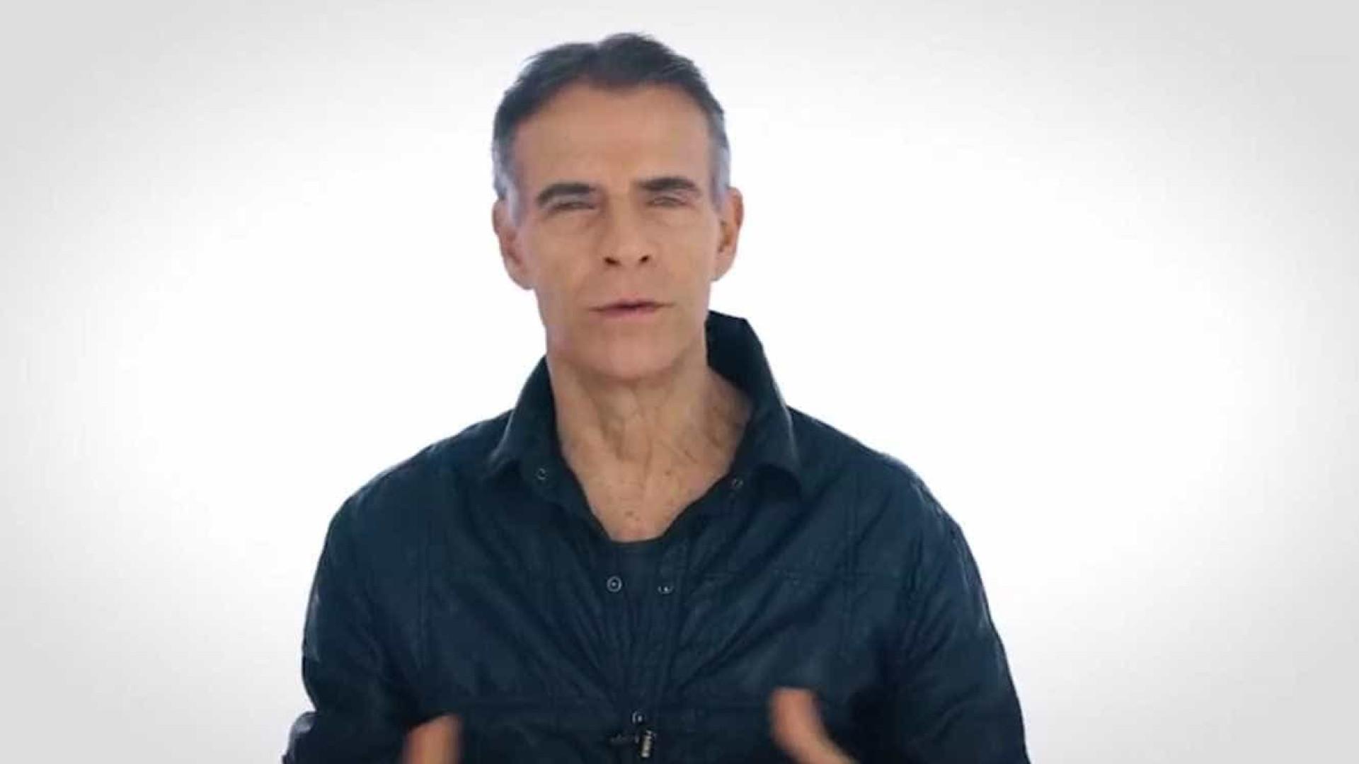 Crivella 'resgata' atores da Record em vídeo de campanha