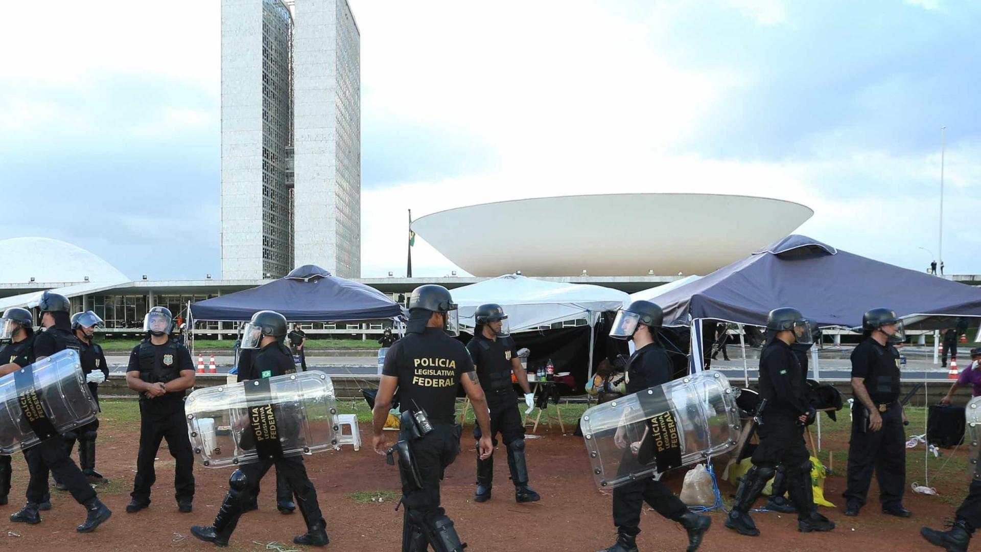 Policial do Senado aponta retaliações por se recusar a fazer varreduras