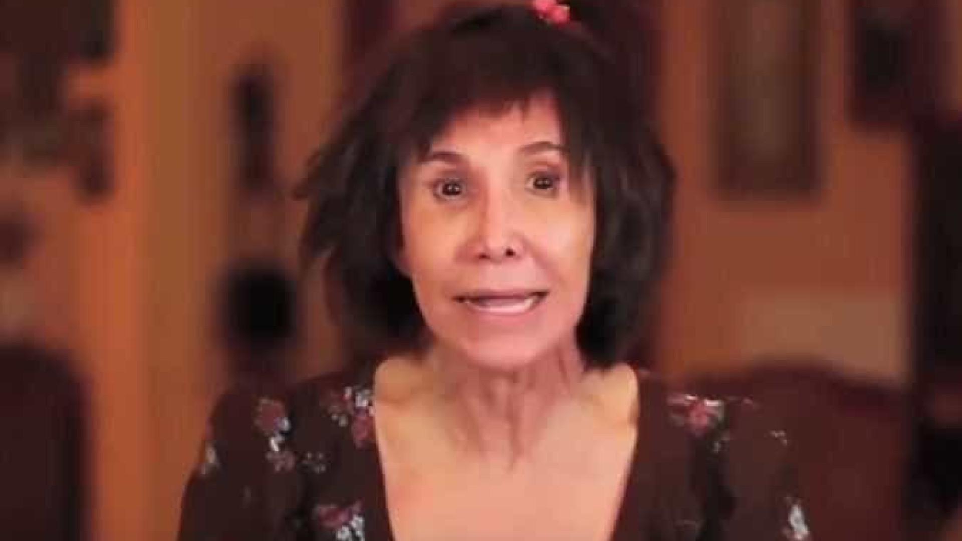 Eterna Dona Florinda adota tendência e vira youtuber