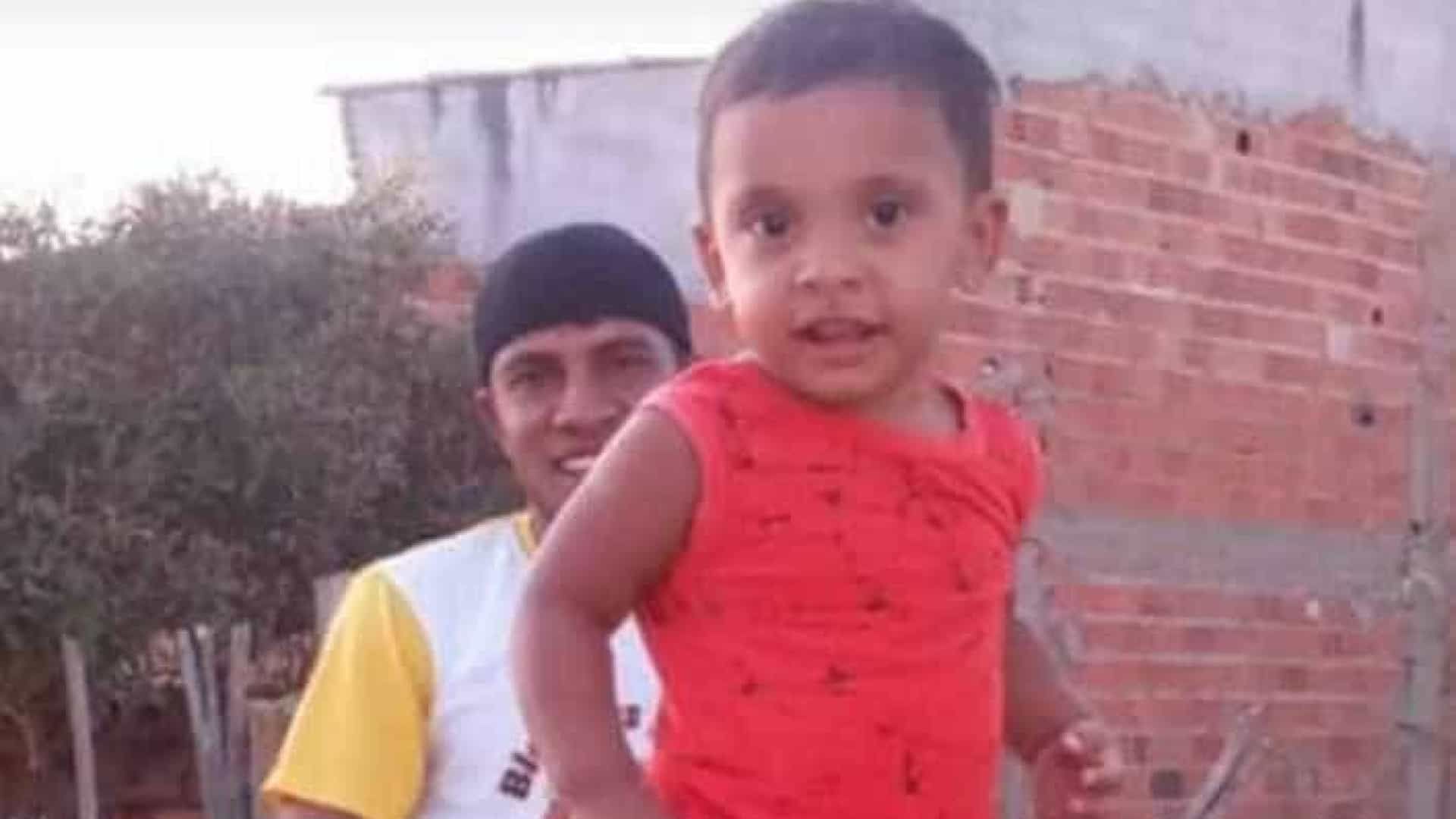 Homem mata filho porque não queria que a mulher fumasse