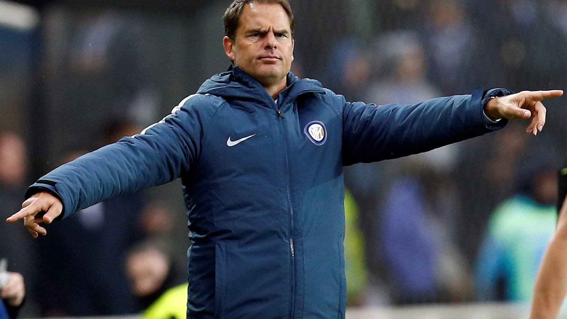 Inter de Milão perde e coloca de Boer em risco