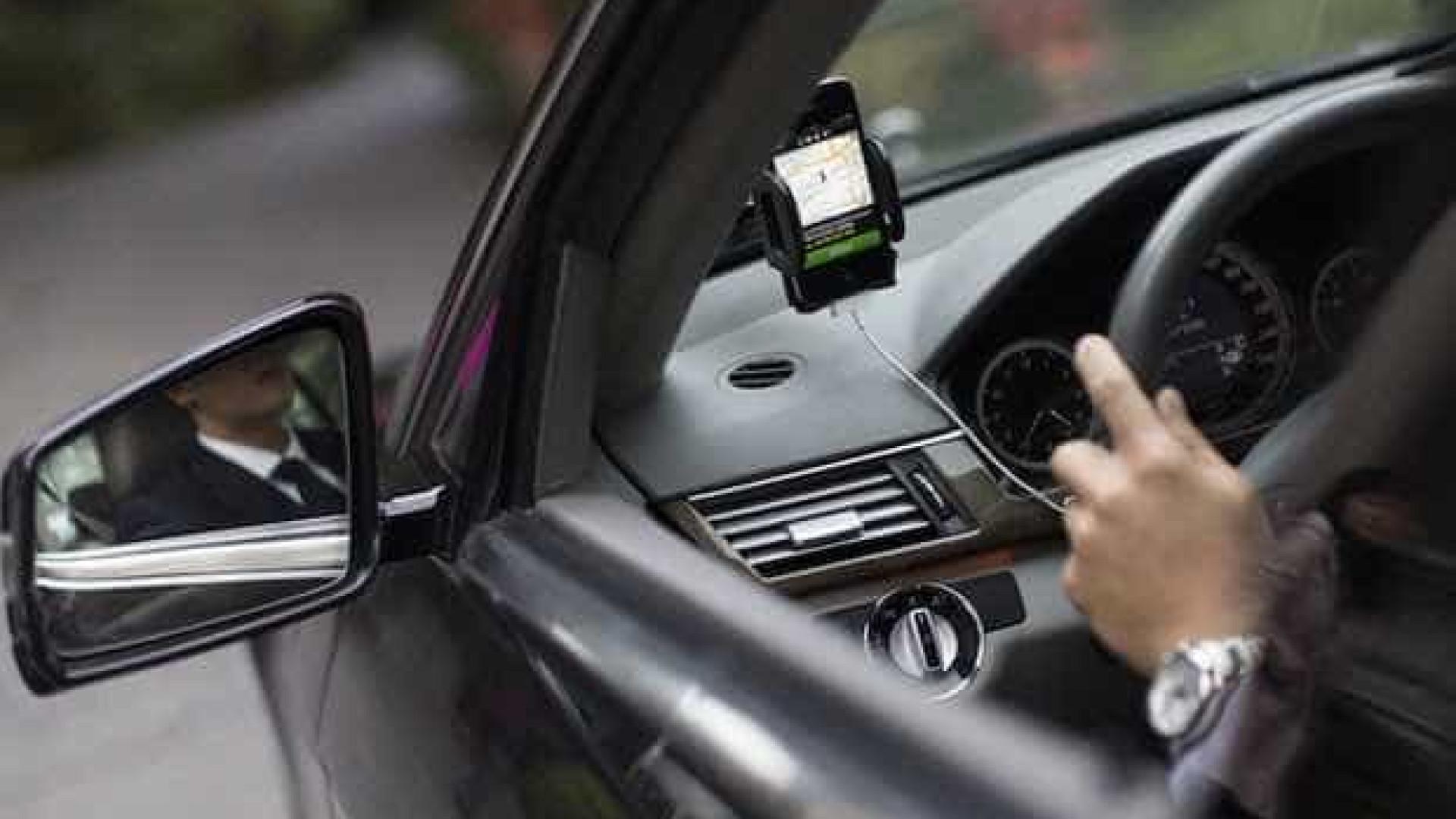 Veículos da Uber são apreendidos em Florianópolis