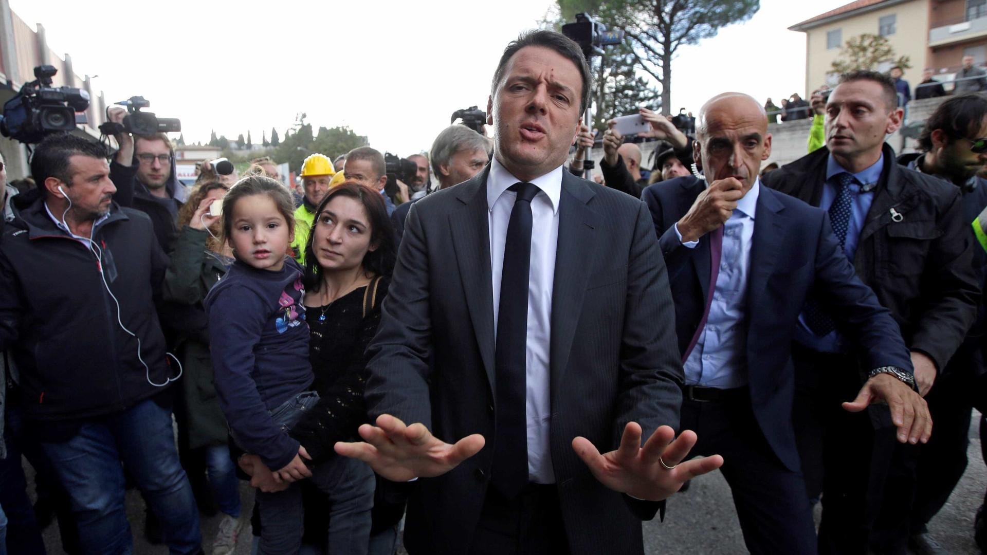 'Itália é mais forte do que o terremoto', diz Renzi