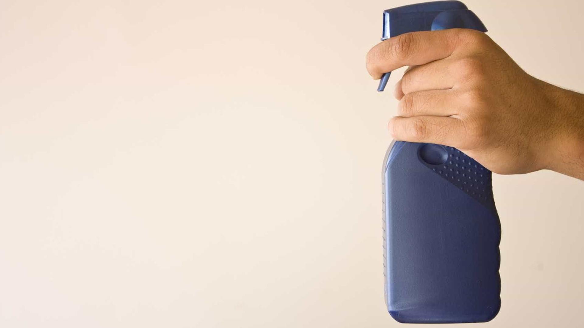 Dicas práticas de uso da água sanitária  na limpeza da casa; aprenda!