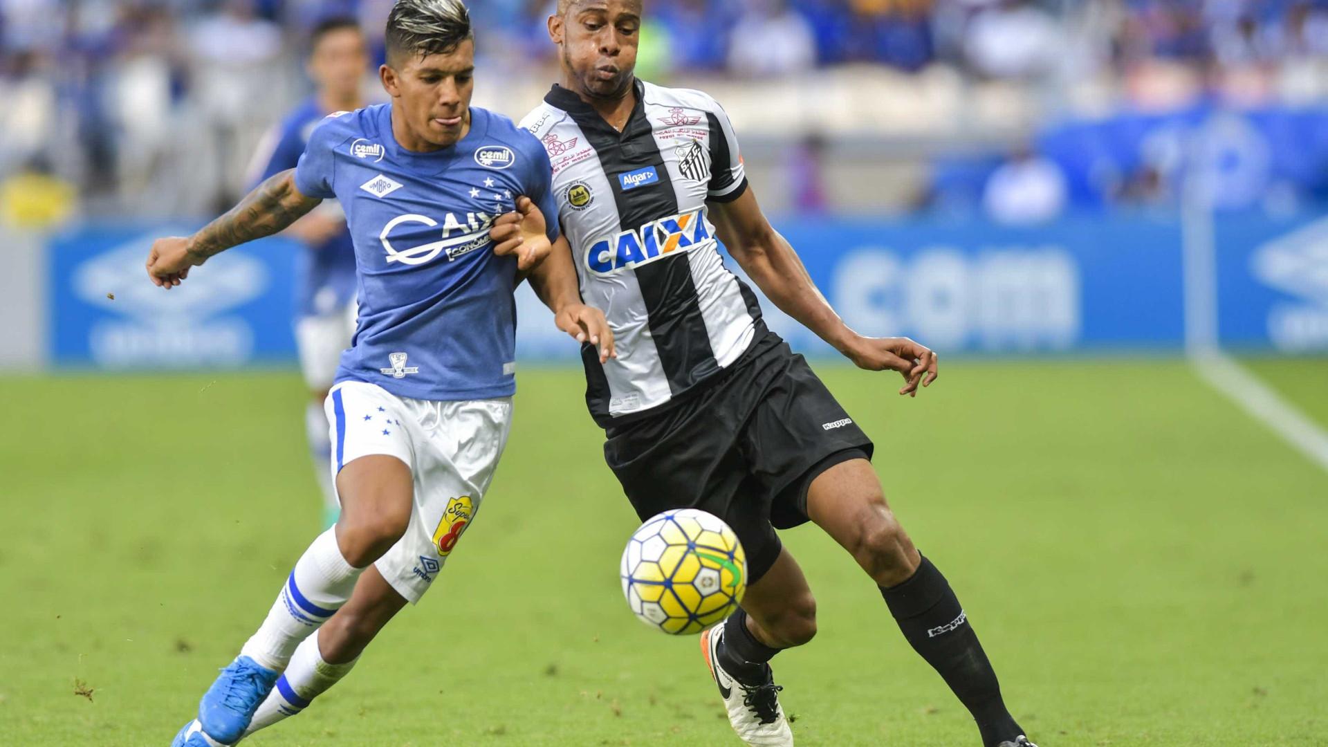 Santos cede empate ao Cruzeiro e se complica na briga pelo título