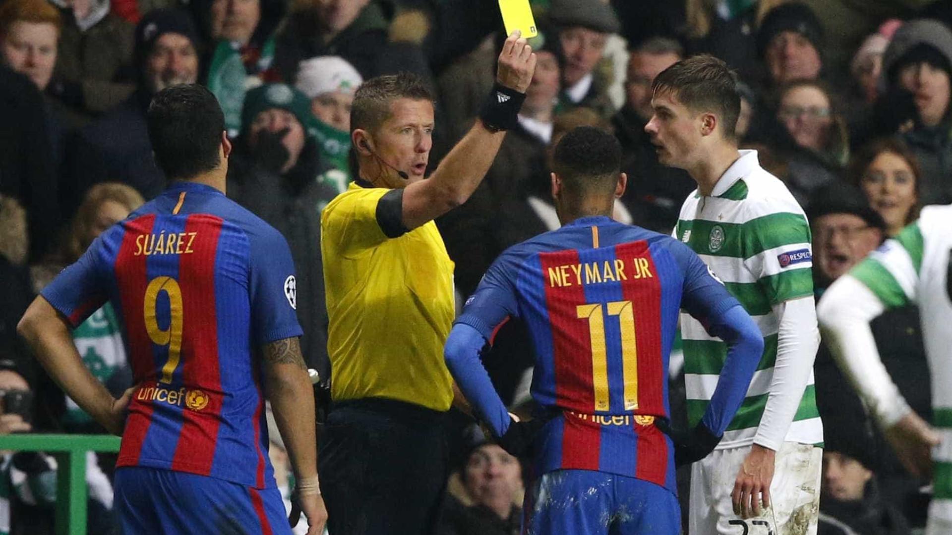 Neymar dá assistência, se irrita e Barcelona vence