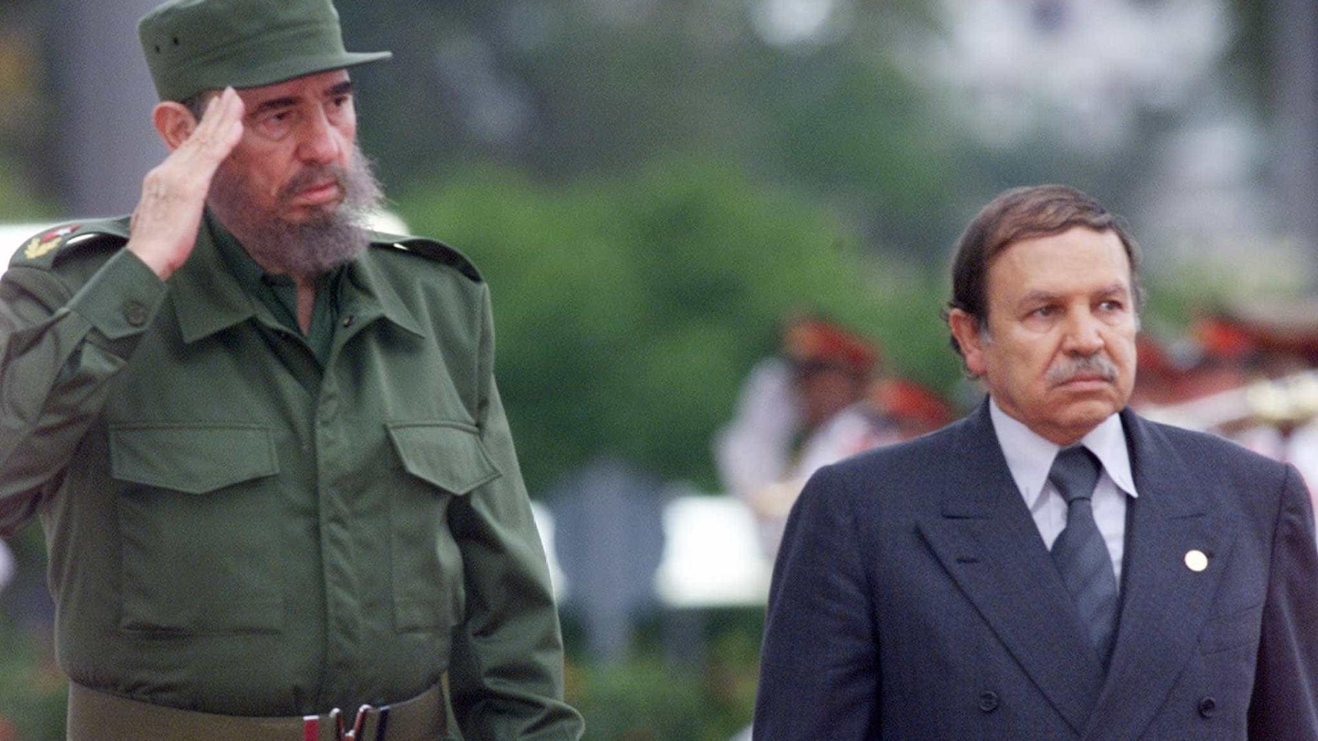 Argélia decreta oito dias de luto por Fidel Castro