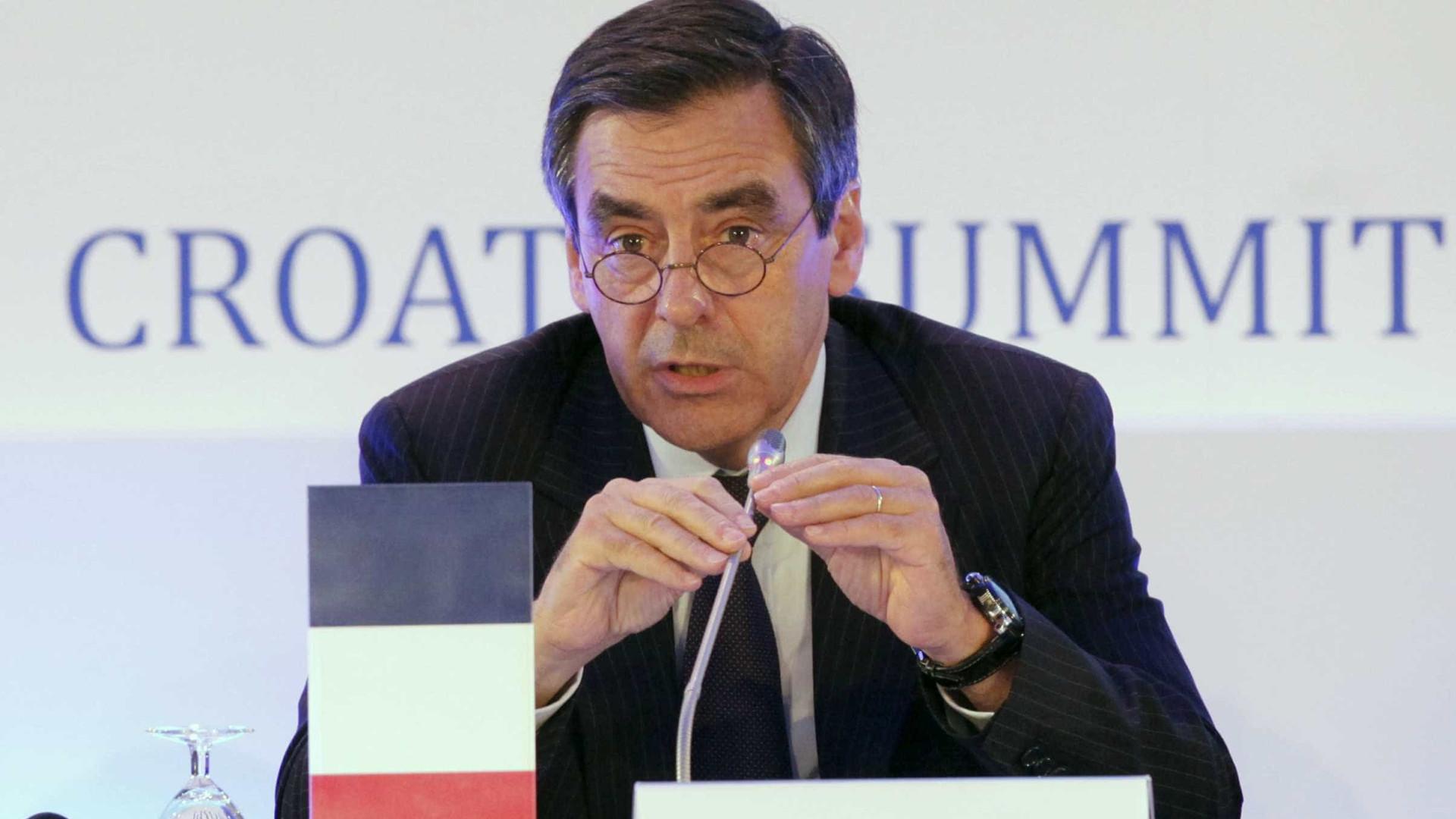 Conservador sai na frente em primárias da direita na França